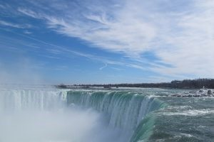 Movers in Niagara Falls Ontario will help you move and they enjoy in the waterfalls
