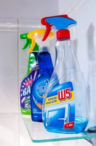 pack home cleaning liquids when moving