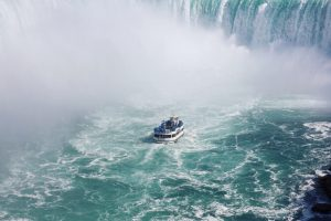 boat under the niagara falls, one of the places in Ontario to see with your kids
