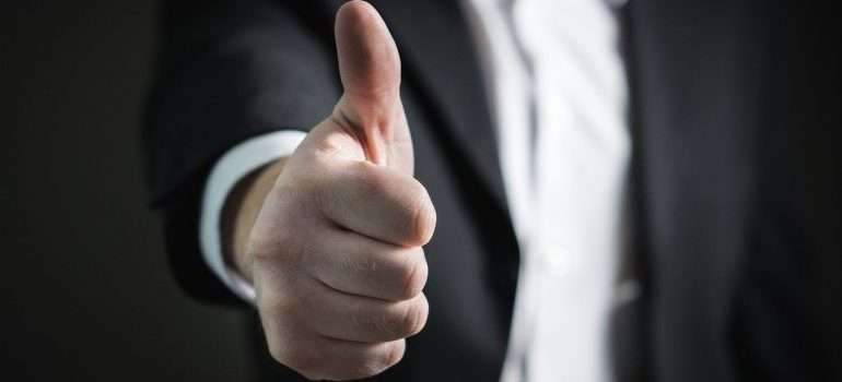 A thumbs up gesture for our Oakville movers.