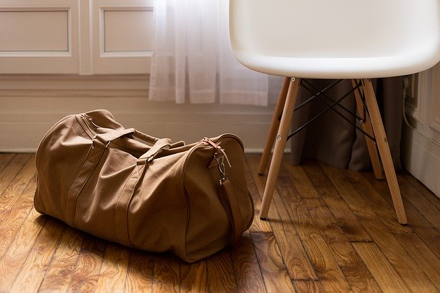 What to pack in your essentials bag for relocation?