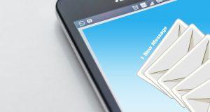 an e mail icon