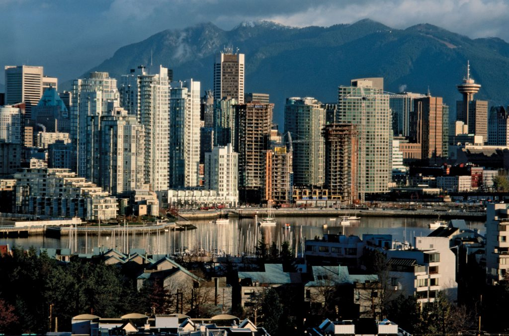 let us help you in condo moving across vancouver