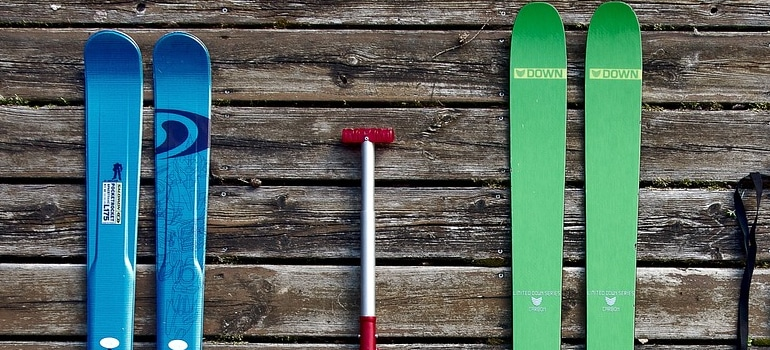 skis on the floor