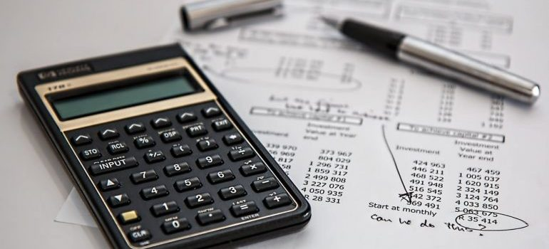 Lower costs of Hamilton move by calculating your budget