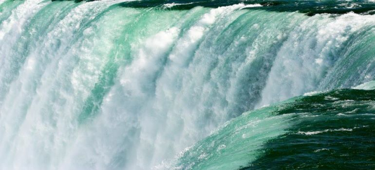 A zoom-in picture of the beautiful picturesque Niagara falls.