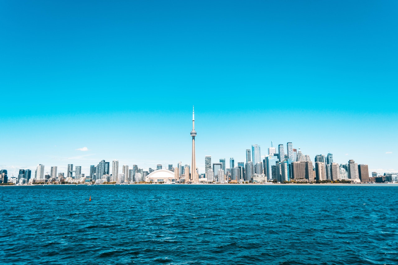 Average Cost of Moving in Toronto 2021
