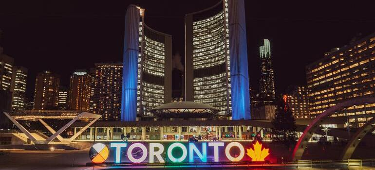 Canada cities for startups would be Toronto and its big buildings